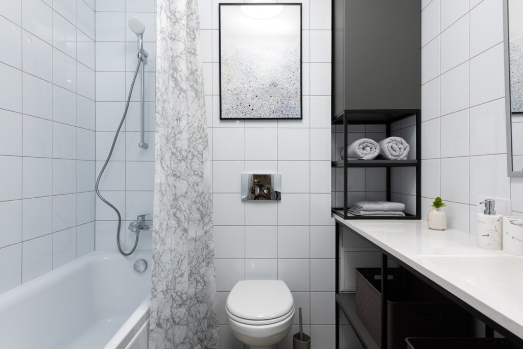 all-white bathroom design